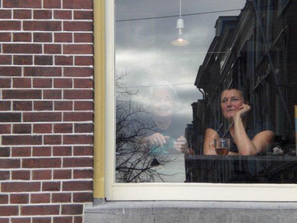holandesa na janela